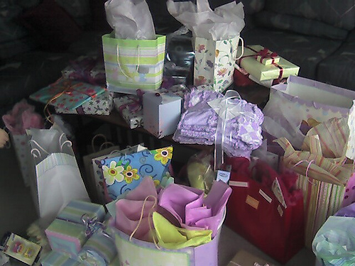 unique baby shower gifts think gift card advice for parenting
